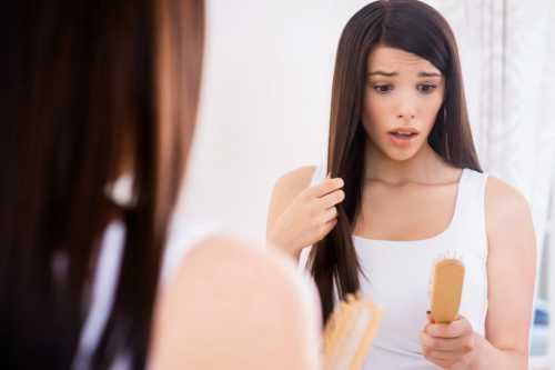 выпадение волос: что поможет справиться с проблемой